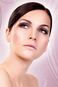 Svarta förstklassiga ögonfransar Susan inkl. lim